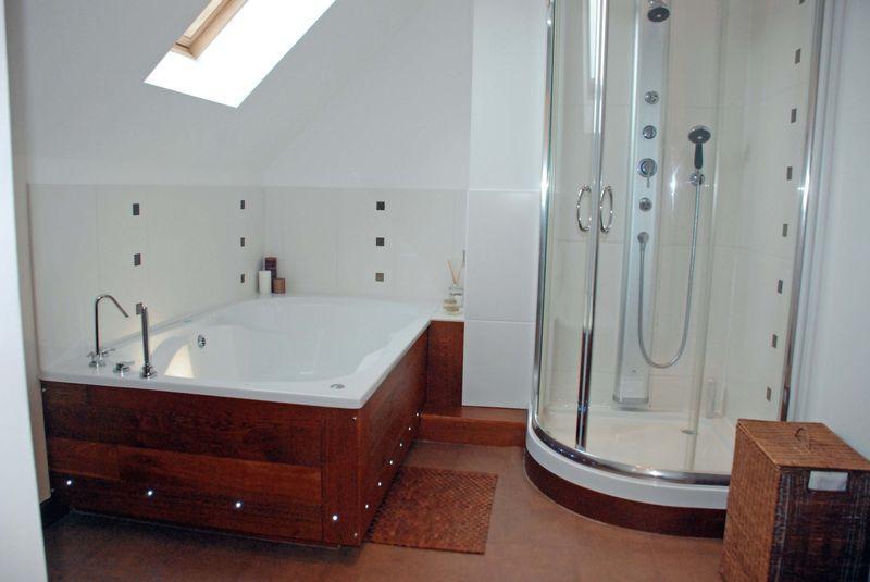 Family Bath/Sh...