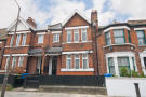 Lyndhurst Way Flat to rent