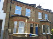 4 bed Terraced house in Denmark Road, London, SE5