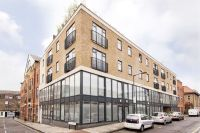 2 bed Apartment for sale in Bacon Street, London