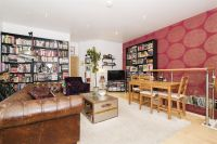 2 bed Apartment in Cheshire Street, London