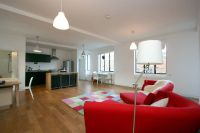 Apartment to rent in Princelet Street...