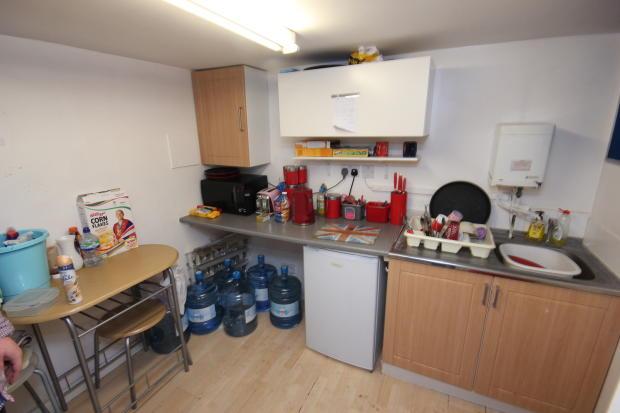 Hull KR Kitchen