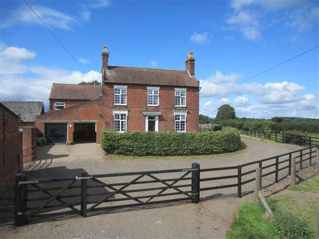 5 Bedroom Farm House For Sale In Upper Inkford Farmhouse Alcester Road Wythall Worcestershire