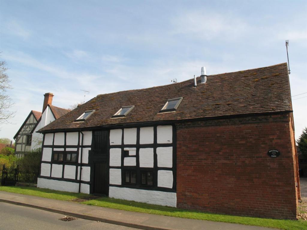 z8.Cottage.External.