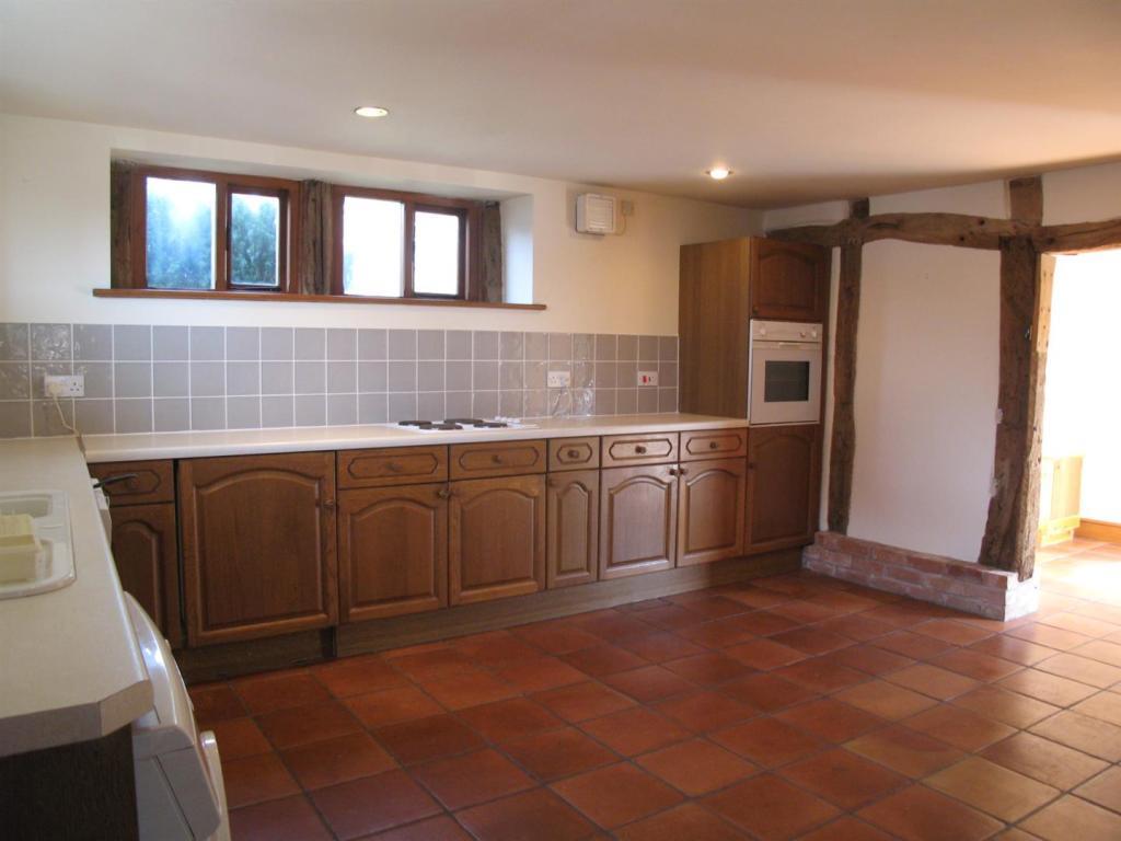 z1.Cottage.Kitchen2.