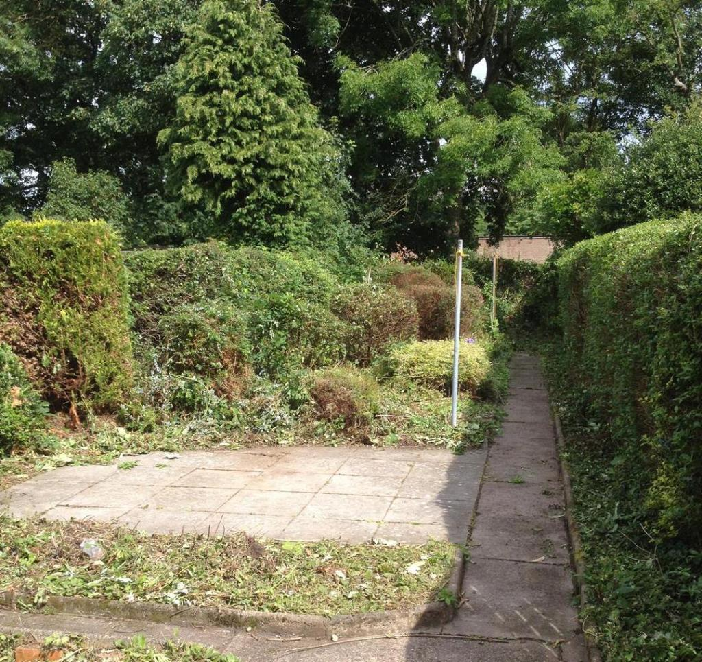 75LodgeRd.Garden.jpg