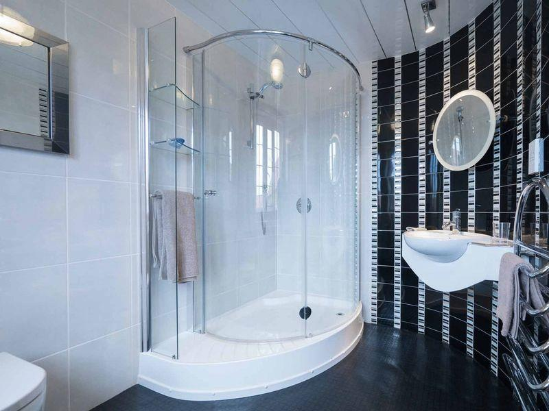 Bathroom Design East Yorkshire 4 bedroom detached house for sale in knedlington old hall, howden
