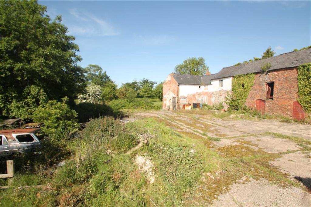 Further Barns