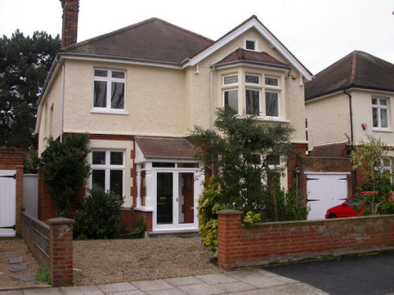 4 bedroom detached house to rent in Twickenham, TW1