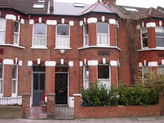 4 bedroom terraced house to rent in St. Margarets, TW1