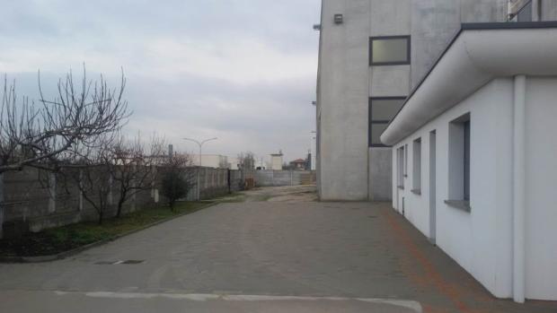 Courtyard -Parking