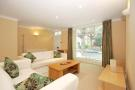 1 bedroom Apartment in SCARSDALE VILLAS...