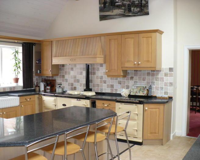 23 artistic aga kitchen designs lentine marine 59400 for Aga kitchen design ideas
