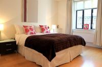 2 bedroom Flat in Armitage Apartments ...