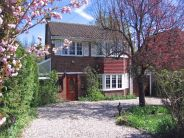 3 bed Detached property in Cherry Tree Road...