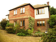 Detached property to rent in Lyndhurst Drive...