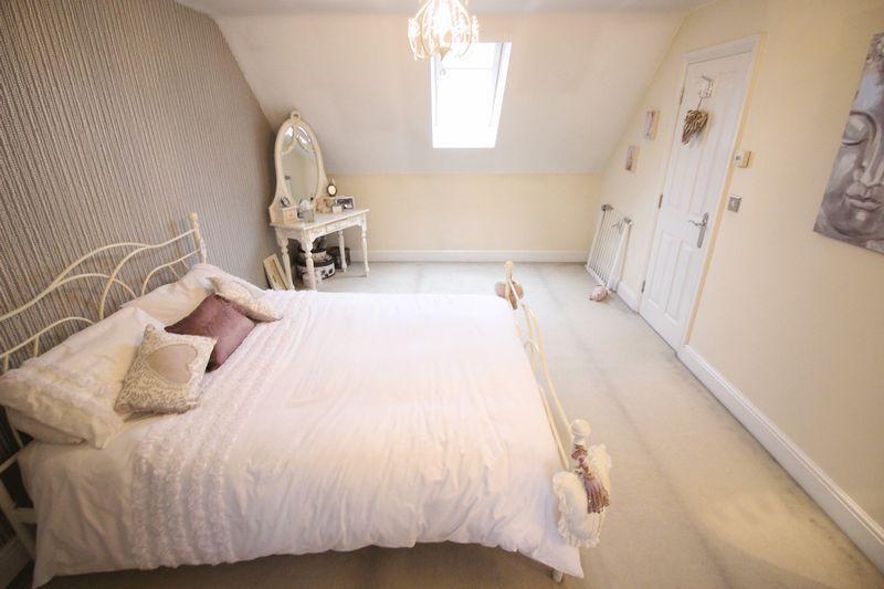 Bedroom 4 Pict...