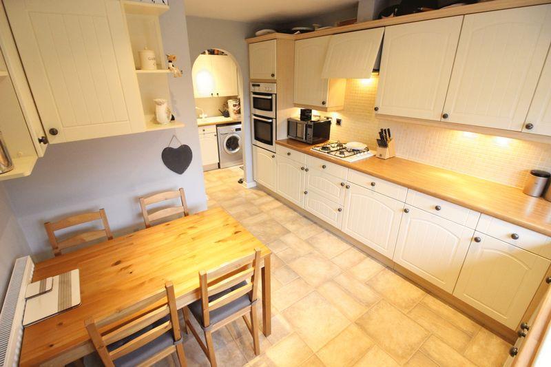Kitchen Pictur...