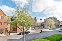 3 bedroom Flat for sale in Whiteheads Grove, SW3