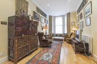 2 bed Flat for sale in Cheyne Gardens, SW3