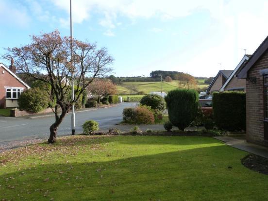 Front View Garden
