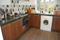 3 bedroom Cottage to rent in Cossham Street...