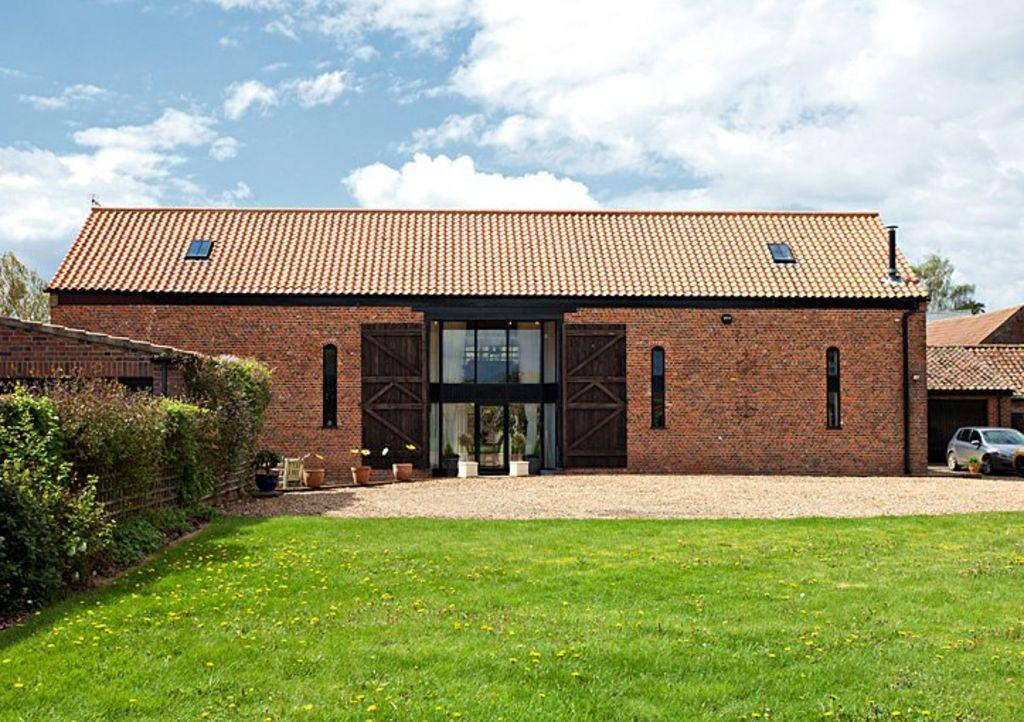 4 Bedroom Barn Conversion For Sale In The Great Barn