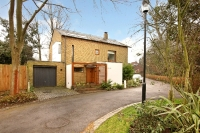 4 bedroom Detached home in The Keep Blackheath SE3