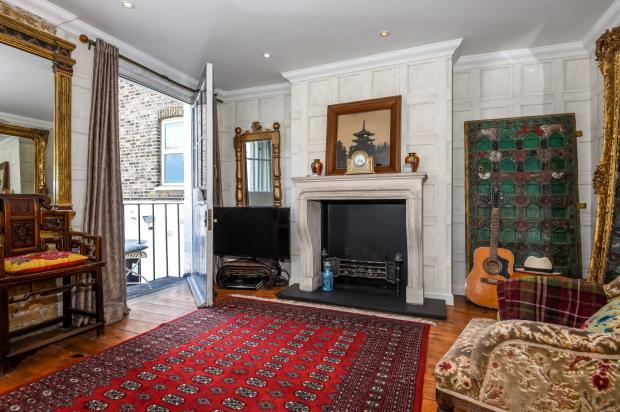living room/bedro...