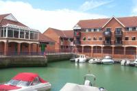 2 bedroom Apartment in The Quay Emerald Quay...