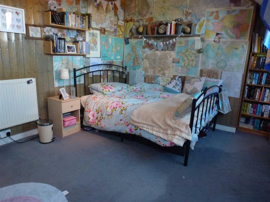 Bedroom (maximum