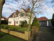 4 bedroom property for sale in College Avenue...