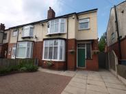 3 bedroom semi detached house in Bradford Road ...