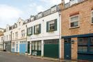 2 bed house in Devonshire Place Mews...