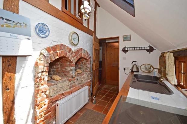 Kitchen/bread oven