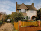 5 bed Detached home for sale in Kennington, TN24