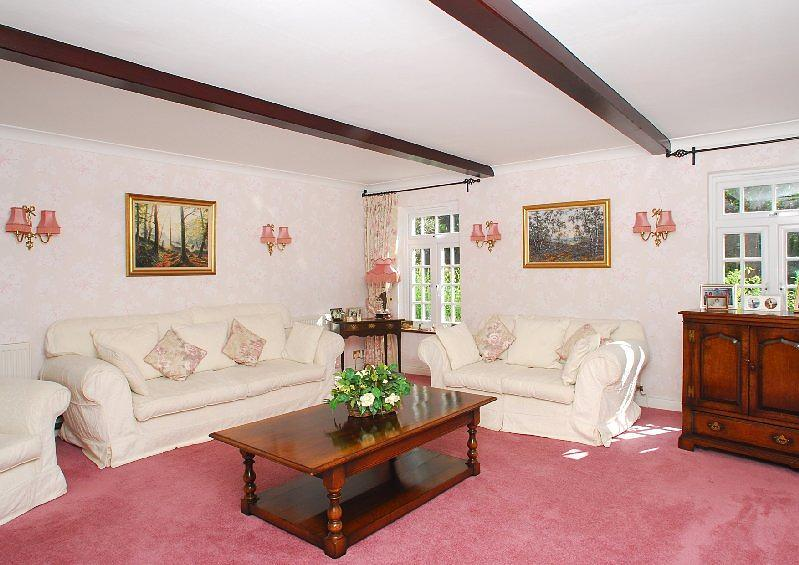 Willowbrook Cottage - sitting room (Main)
