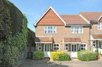 2 bed property in Lyntons, Pulborough, RH20