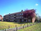 3 bed Flat in Budoch Drive, Ilford, IG3