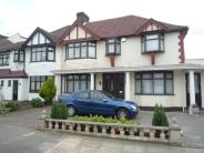 5 bed semi detached home to rent in Couchmore Avenue...