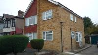 Maisonette in Dawlish Drive, Ilford...