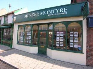 Musker McIntyre, Becclesbranch details