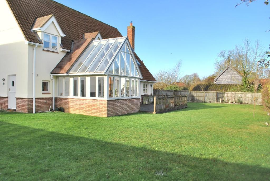4 Bedroom Detached House For Sale In Stradbroke Suffolk Ip21
