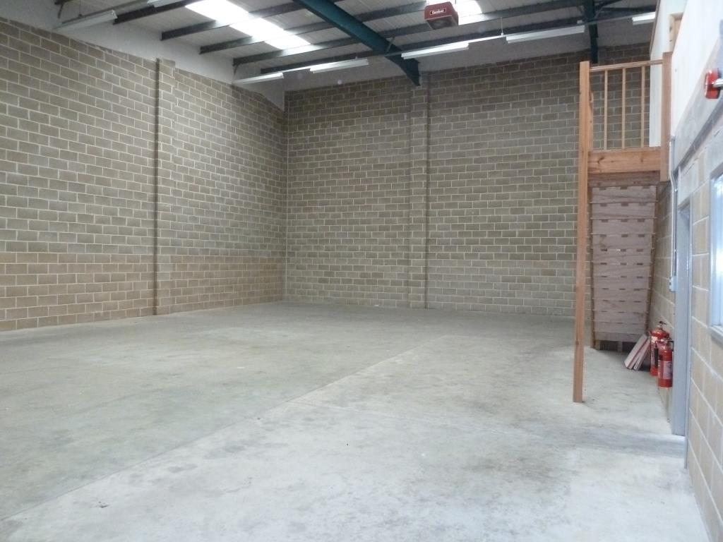 High bay warehouse with mezzanine and yard, Eye, Suffolk