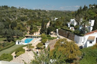 Algarve semi detached property for sale