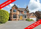 6 bed Detached home for sale in The Fieldway,51...