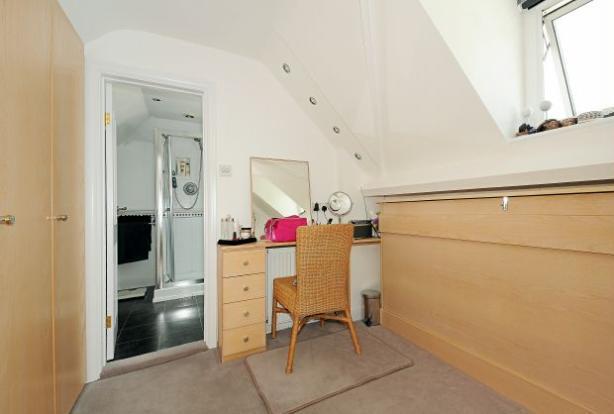 Master bedroom/Dressing Room