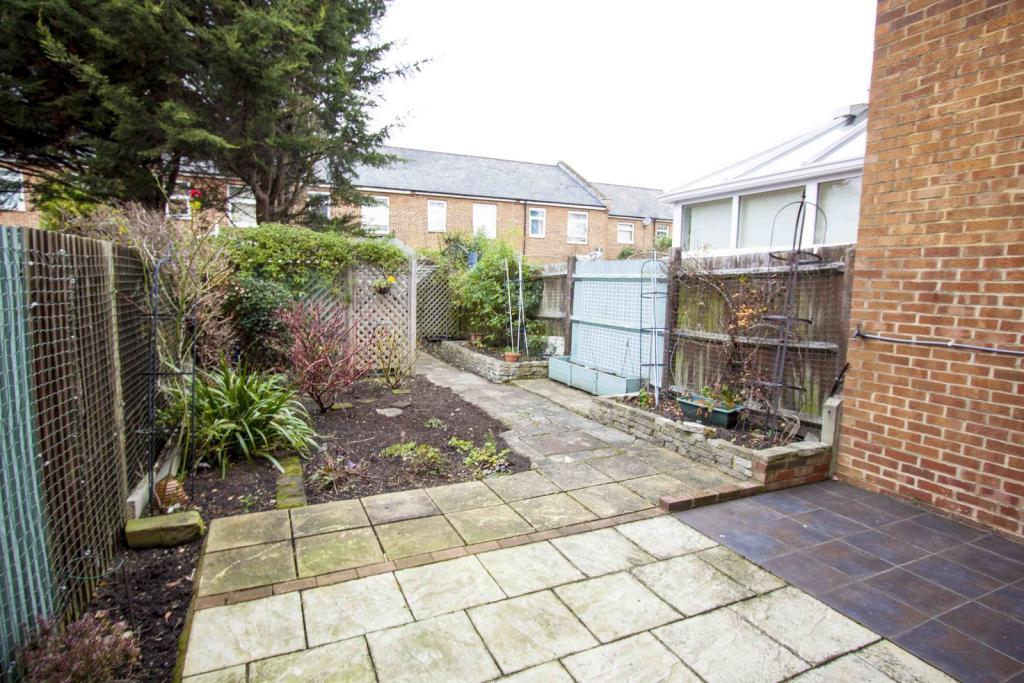 Garden - Rose Way - Lee - SE12 - Oliver Field Associates