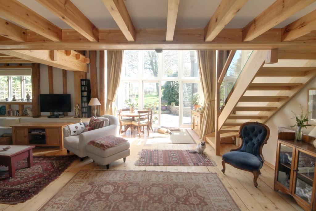 Sitting room to rear